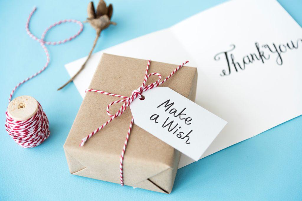 birthday freebies - free birthday gifts