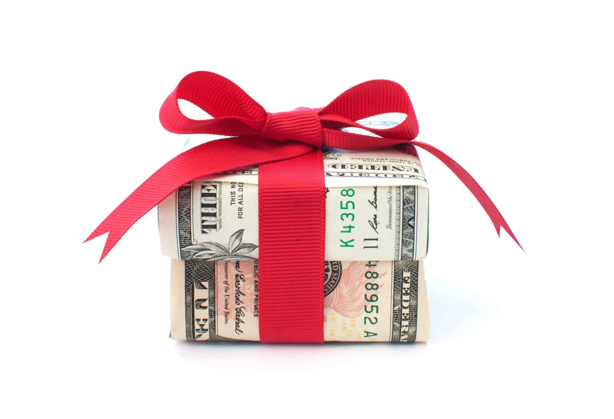 25 Money Gift Ideas And Creative Ways To Give Cash Finsavvy Panda